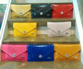 8  Colorful Trendy Bags