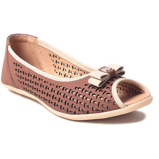 Msc WomenS-Tan-Synthetic-Flats (MSC-11-90567-FLATS-TAN)