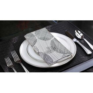 Lushomes Geometric Printed Cotton 6 Table Napkins Set (Dinner Napkins)