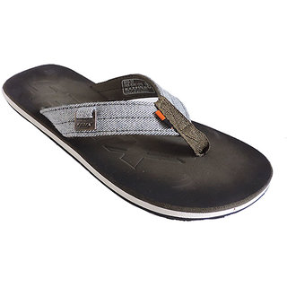 b871399e6 Buy Sparx Mens Multicolor Flip Flops Online   ₹379 from ShopClues
