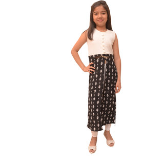 Titrit off white and black long cape dress without legging