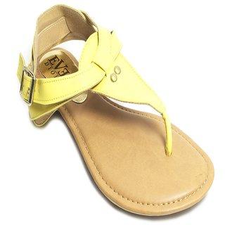 Casual Sandal in Yellow