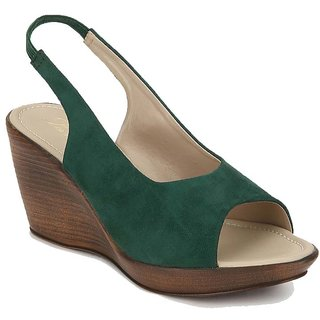 La Mere Women's Green Heels