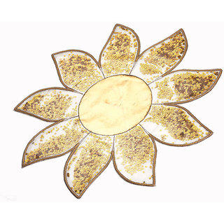Srajanaa Gold Center Table Mat