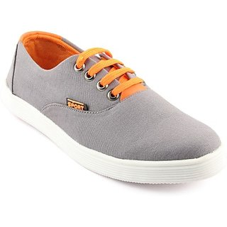 step solid canvas shoe