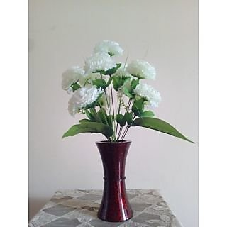 Artificial flower bunch of roses