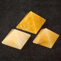 Vanju Crystal Shop 1 Inch YELLOW AVENTURINE Pyramid ( C