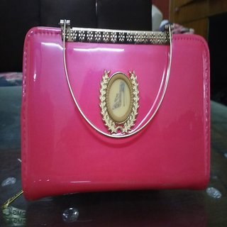 Stylish clutch (pink)