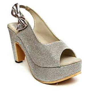 ad26ee1e9bc4f4 AUTHENTIC VOGUE WOMEN SILVER HEELS price at Flipkart