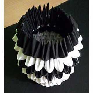 Handmade 3D Origami Pencil Holder