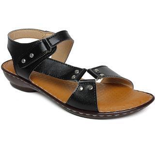 Vendoz Women's Black Sandals
