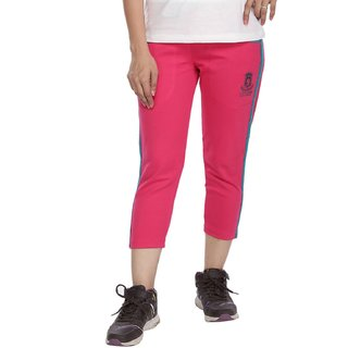 Vishal Mega Mart Pink Cotton Solid Capri For Women