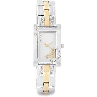 Titan 9716BM01 Watch