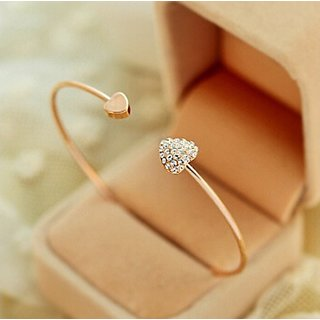 IMPORTED - Lovely Gold Plated Rhinestone Heart Shape Bangle Bracelet - 1Qty + Free Gift