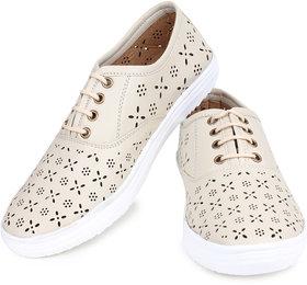 Do Bhai Women's Cream Smart Casuals Shoes