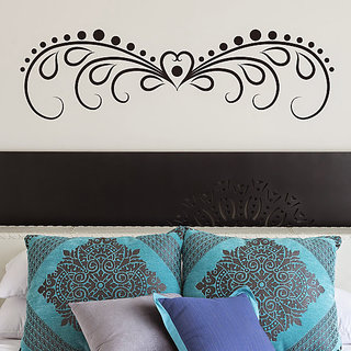 DeStudio Heart Border Bed Decor Love Wall Sticker Decal Wallart Wall Sticker TINY Size Wall Decals  Stickers  (45cms x 60cms)