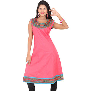 14 Fashions Solid Pink Cotton Casual Kurti For Women - 1600303