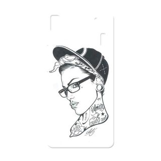 Kyra Back Cover For Apple Iphone 5s QP3DIPH5SCTN001