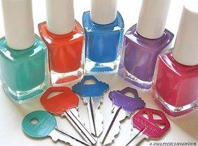 Nailpolish Exclusive in 12 different colors.