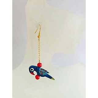 Bird Themed popular fashionable pair of chic earring