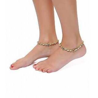 Shining Diva Sleek Pair of Anklet