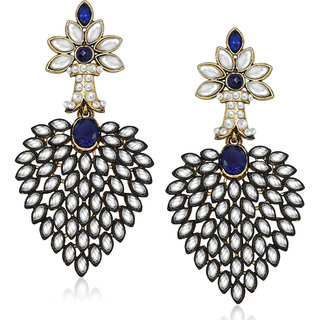 Amaal Traditional Earrings Fancy Party Wear Kundan Moti Pearl Diamond Earrings For Women TR0183