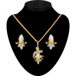 Kriaa Golden color Crystal studed Nice Alloy Pendant set - 2200808