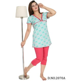 Wonderful woman nightwear