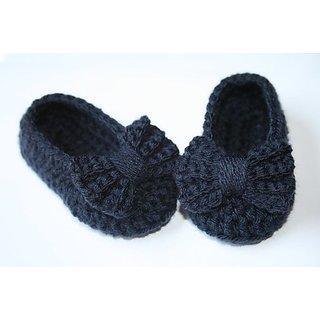Babies woolen Shoes