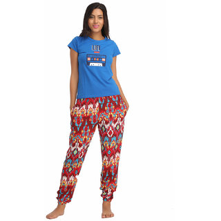 Clovia Cotton Graphic T-Shirt  Crepe Printed Pyjama