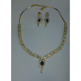 Woman Fashion Necklace With Earrings Set