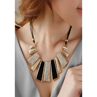 Shining Diva Non Plated Black Necklace Set For Women-CFJ7127np