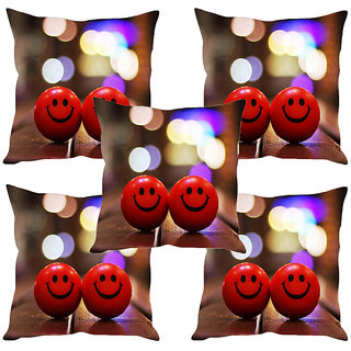 Sleep NatureS Two Smiley Printed Cushion Covers Set Of Five