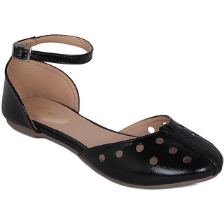 cb7c7e603eb Buy Flora Semi Closed Black Sandal Online - Get 57% Off