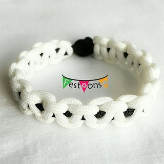Macrame Paracord bracelet White