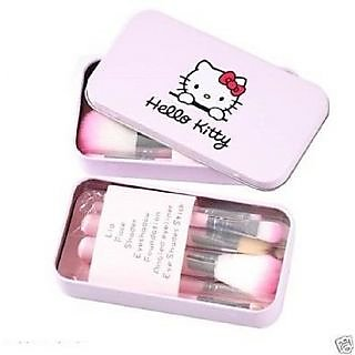 Hello Kitty Makeup Brush Set - 7 Piece Set with Storage Box + FREE 2 LIP LINER AND Sharpener