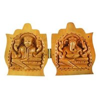 Wooden Namaste Hand With Lord Laxmi And Lord Ganesha