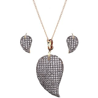 NNITS White Non-Precious Metal Pendant Set For Women