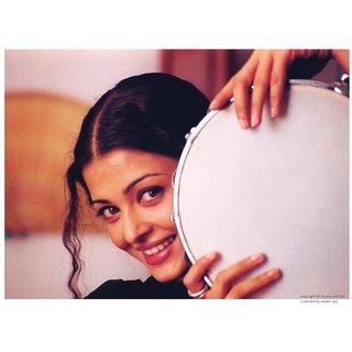 Aishwarya Rai Smiling - Taal