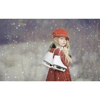 ac01dd4d872 Mntc Cute baby girl in snow fall Poster (Paper Print, 31cm x 46cm)