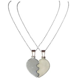 Men Style Top Selling Couple His And Her Broken  Heart Shape Necklaces  Steel And Silver  Zinc Alloy Heart Pendent Set For Men And Women