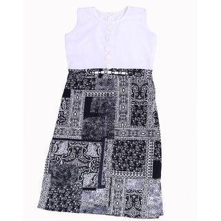Titrit Black And White Cape Dress Wihout Legging