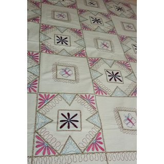 Hand worked double bed cotton bedsheet with pillow covers