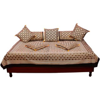 Gurukripa Shopee Designer 8 Piece Gold Print Abstract Pattern Diwan BedSet DWSGKS102