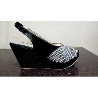 Women Black Sandal
