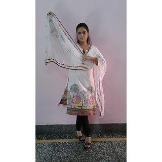 khalsa white chakmak dupatta by prashant singh rawal