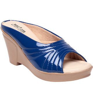 Msc Women'S Blue Pump