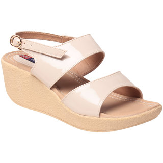 MSC Women's Cream Wedges