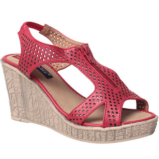 MSC Women's Red Wedges