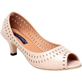 Msc Women'S Cream Platform Heel